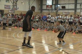 Quand les stars NBA ridiculisent des gamins