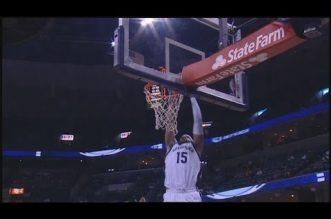 Claquette dunk pour Vince Carter !