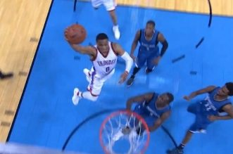 russell-westbrook-dunk