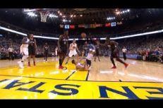 Vidéo: Même couché Stephen Curry peut scorer