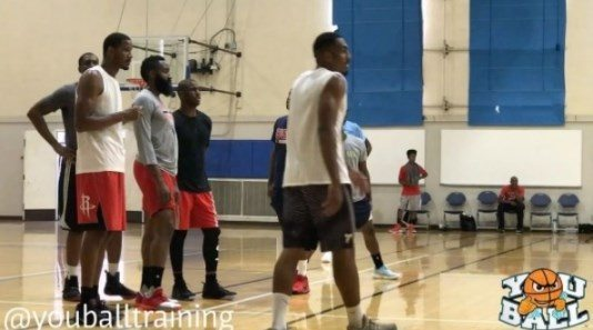 Vidéo : James Harden, Chris Paul et Trevor Ariza s'entraînent ensemble